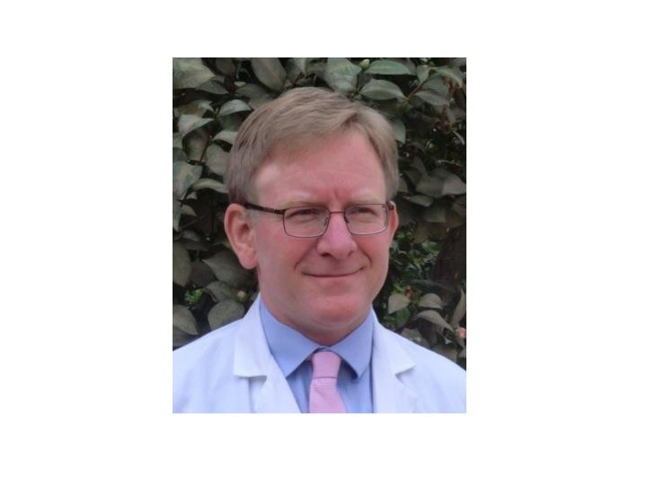 Dr. Eduard Baco
